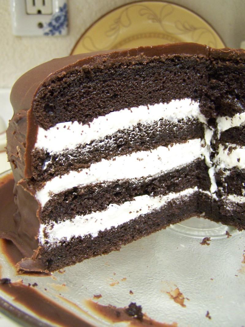 Ding_dong_cake_2
