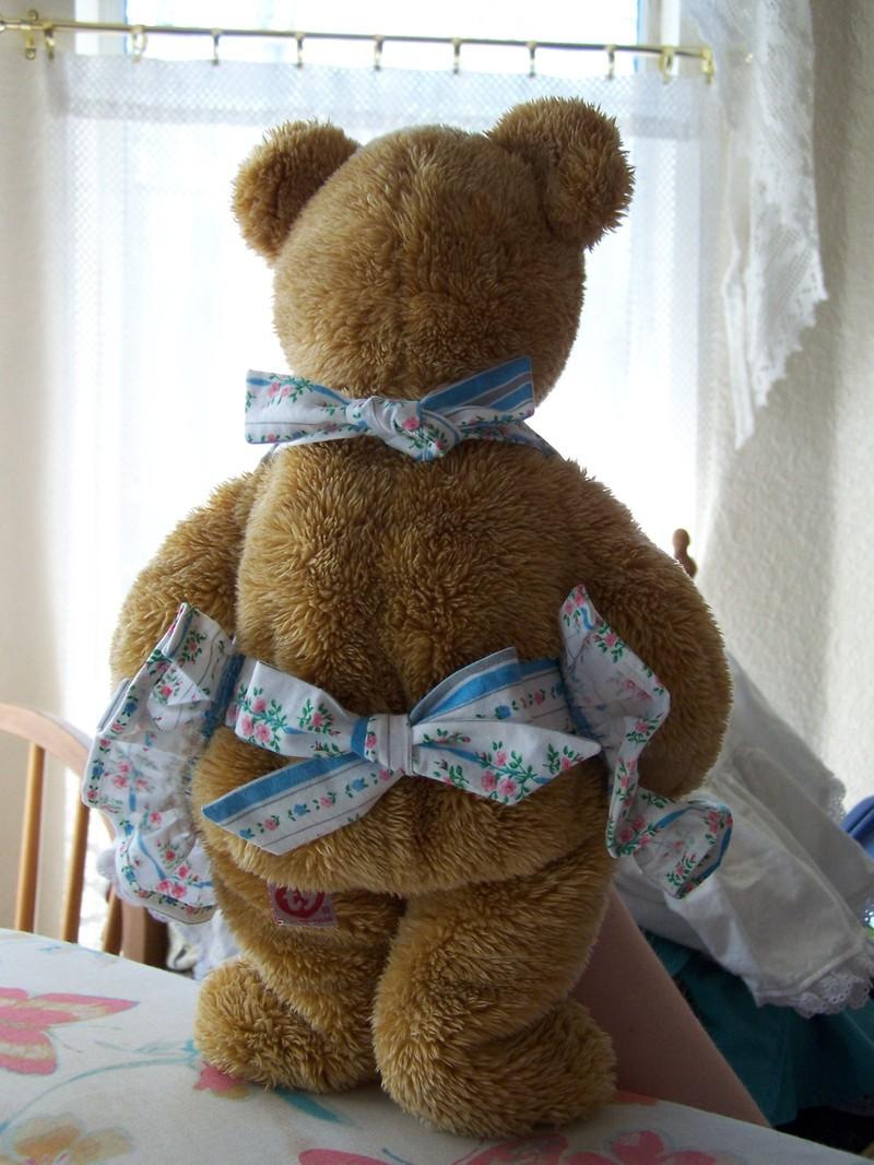 Bear_apron2
